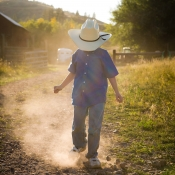 boy_in_cowboy_hat