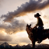 cowboy_at_sunset